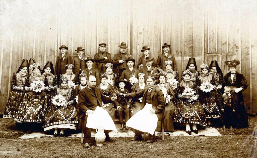 1928-Bauernhochzeit-1.jpg