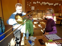 2012.03.21 - Instrumentenvorstellung GS Aub (15).JPG